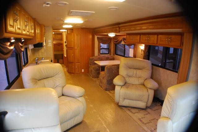 Coachmen Cross Country 370ds 2005 37ft Motorhome Used