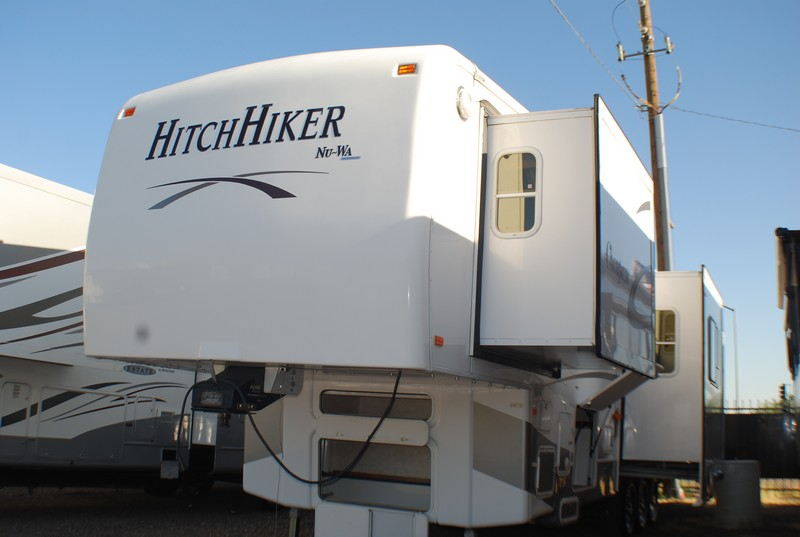 2006 38ft NU-WA Hitchhiker Champagne 37CKRD Fifth Wheel