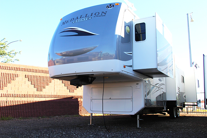 2007 39ft McKenzie Medallion 37SKQ Fifth Wheel