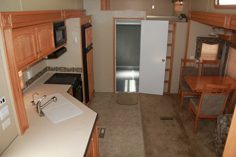 Carriage C Force 39sv1 2006 40ft Fifth Wheel Toy Hauler